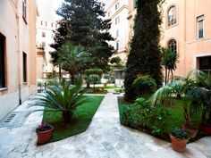 Rome B&B Le Stanze Del Papa Italy, Europe Located in Vatican, B&B Le Stanze Del Papa is a perfect starting point from which to explore Rome. Offering a variety of facilities and services, the hotel provides all you need for a good night's sleep. All the necessary facilities, including free Wi-Fi in all rooms, Wi-Fi in public areas, airport transfer, dry cleaning, elevator, are at hand. Comfortable guestrooms ensure a good night's sleep with some rooms featuring facilities such...