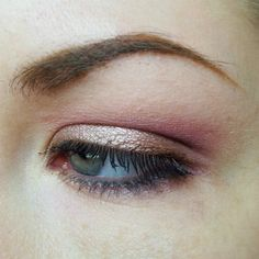 Sleek Vintage Romance palette (Pretty in Paris, Court in Cannes, Propose in Prague, Forever in Florence)