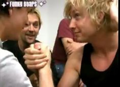 Samu the arm-wrestling Beauty