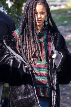 You'll Want Faux Locs After Seeing These Pictures of Rihanna Mode Rihanna, Rihanna Riri, Rihanna Style, Rihanna Dreadlocks, Rihanna Faux Locs, Black Girl Magic, Black Girls, Black Women, Twists