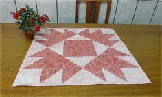 Centro de mesa em patchwork, tecido importado