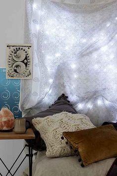 Beach Boho // Bohemian Bedroom // Decor + Design Inspiration // Galaxy String Lights