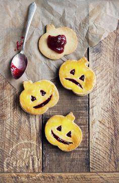 Healthy Halloween! 4-Ingredient Jack O'Lantern Cookies {vegan, grain free, gluten free}