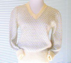 Vintage 1970s Womens Sweater V Neck Pullover Cream Blue & Grey by Judyanna Ltd New York