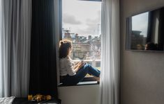 A Weekend in Shoreditch with Point a. Liverpool Street, Styling A Buffet, Huge Windows, Ensuite Bathrooms, New Avengers, Reading In Bed, London Hotels, Three Floor, Breakfast In Bed