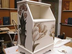 Wood Icing: It's Spring! Tulips!http://woodicing.blogspot.com/2012/04/its-spring-tulips.html