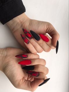 130 fearless combinations with black stiletto nails - page 9 Black Stiletto Nails, Black Acrylic Nails, Pointed Nails, Long Black Nails, Black And Purple Nails, Goth Nails, Aycrlic Nails, Manicure, Nail Swag