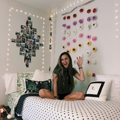 If you need ideas for cute dorm rooms, here are tons of cute dorm room decor ideas that will give you inspiration! These chic and cute dorm room ideas are affordable and perfect for a student budget. Girls Bedroom, Bedroom Decor, Bedrooms, Bedroom Ideas, Dorm Room Organization, Organization Ideas, Cool Dorm Rooms, Kids Rooms, College Dorm Rooms
