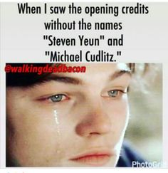 Rip Glenn and Abraham :'( (i've always hated Abraham though 😂) Walking Dead Quotes, Walking Dead Funny, The Walking Ded, Fear The Walking Dead, Cry A River, Twd Memes, Glenn Rhee, Steven Yeun, Opening Credits