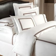 Downright Windsor Linen Duvet Cover Size: California King, Color: Creme / Crème