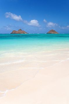 (KIMIE) I USED TO LIVE ON THIS ISLAND FROM 1988 TO 1992... ITS EVEN MORE BEAUTIFUL THEN THESE PICTURES SHOW. Mokulua islands and tropical sandy beach in Lanikai, Ohau, Hawaii - consistently ranked among the best beaches in the world.    #Travel #DanCamacho