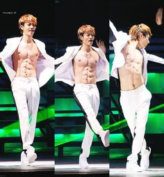 Minho Abs:) How Nice of you to do all those crunches for us Minho:) Applause! Standing Ovation!!