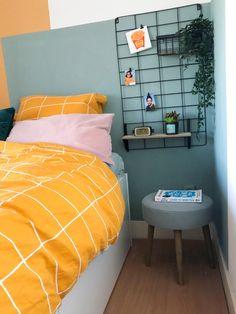 Make Over in mijn Slaapkamer met gekleurde vlakken op de muur geschilderd en deur behangen met toffe print.  #interior #bedroom #slaapkamer #pastels #osborneandlittle #xenos Decor, Tiny House, Bed, House, Home Decor, Comforters