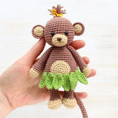 There's nothing cuter than a baby animal, and it seems like our little Cuddle Me Monkey is especially adorable. It has a funny skirt made with tropic leaves, a small attractive muzzle, and a fancy hair-do. This crochet monkey is an absolute hit among children :)