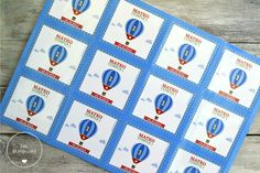 "Pack cumple ""Globo"". Invitaciones + stickers + tags con cinta + toppers + cartel + guirnalda + carteles photo booth. www.milburbujas.c... // FB facebook.com/milburbujas.dg"