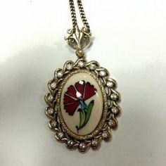 Ceramic Jewelry, Carnations, Elsa, Fancy, Pendant Necklace, Ceramics, Ceramica, Pottery, Ceramic Art
