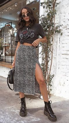 Saika Midi Skirt in Rar Leopard Brown by Motel Animal print is bascially the new black- can be worn anywhere and everywhere! In a classic leopard brown, the saika skirt features a midi length with side split and high waist. Indie Outfits, Cute Casual Outfits, Boho Outfits, Spring Outfits, Fashion Outfits, Womens Fashion, Fashion Skirts, Cool Girl Outfits, Edgy Chic Outfits