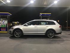 I'd love if some of you could share pics of your aftermarket wheels on a non lowered alltrack. Trying to get some ideas for ,y car. Vw Wagon, Vw Golf Variant, Aftermarket Wheels, Forged Wheels, Subaru Forester, Station Wagon, Audi A4, Volkswagen Golf, Nissan