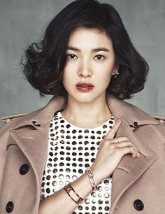Additional Spreads Of A Burberry Clad Song Hye Kyo In Harper's Bazaar Korea's October 2013 Issue : Couch Kimchi