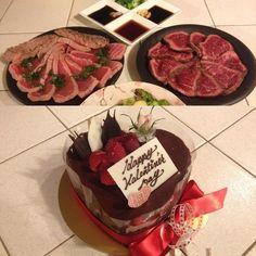 Happy V day  たたきナイト  酒やめてから3ヶ月以上滅多に食べないチョコが大好きになりましたが #valentine#night#roast#agedbeef#ahi#tuna#tataki#たたき#牛タタキ#鮪タタキ#chocolatecake#japanese#pastry#confectionery#bonjour#torrance#cali# by doughboy0704