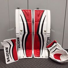 Jon Gillies' new Vaughn V6 setup with the Calgary Flames.