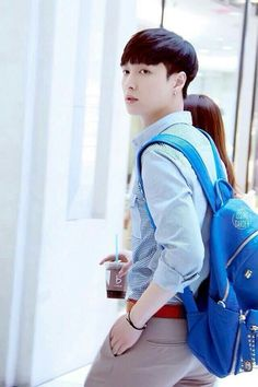 EXO - Lay (yixing) looking so handsome even with his new haircut ♡_♡ in love..