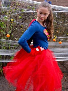 Make Supergirl costume yourself - Tippss and ideas for clothing - Trendy Outfits Costumes For Work, Best Couples Costumes, Diy Costumes, Costume Ideas, Superman, Trendy Outfits, Fashion Outfits, Dress Tutorials, Cosplay Dress