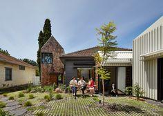 Gallery of Tower House / Austin Maynard Architects - 16