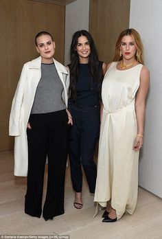 Demi Moore joins daughters Scout and Tallulah at fashion party The actress looked incredibly youthful at the NET-A-PORTER Celebrates Rosetta Getty party in Los Angeles on Thursday night. Kevin Spacey, Celebrity Babies, Celebrity Style, Famous Celebrities, Celebs, Mother Art, Demi Moore, Mom Daughter, Daughters