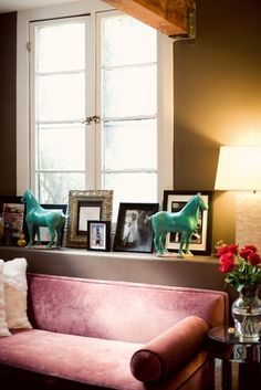 Janie Bryants home, photographed by Bonnie Tsang for Matchbooks December Issue. Great shelf above sofa