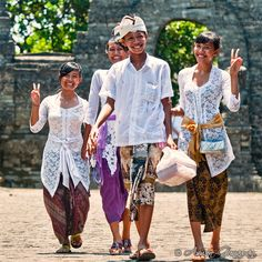 Balinese Smiles by Dephco  Like us https://www.facebook.com/placesbali
