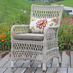 Rottinkituoli Outdoor Chairs, Outdoor Furniture, Outdoor Decor, Home Decor, Decoration Home, Room Decor, Garden Chairs, Home Interior Design, Backyard Furniture