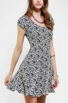 Kimchi Blue Knit Floral Skater Dress