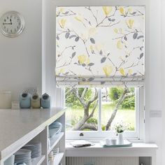 Web-blinds offer stylish roman blinds for your home. Natural Carnation blinds are a great choice for anyone who is after quality. Kitchen Shades, Kitchen Blinds, Blinds For You, Curtains With Blinds, Yellow Roman Blinds, Fabric Roman Shades, Made To Measure Blinds, Kitchen Window Treatments, Paint Colors For Living Room