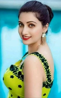 Beautiful Girl Indian, Beautiful Girl Image, Beautiful Indian Actress, Most Beautiful Women, Simply Beautiful, Beautiful Actresses, Beauty Full Girl, Beauty Women, College Girl Photo