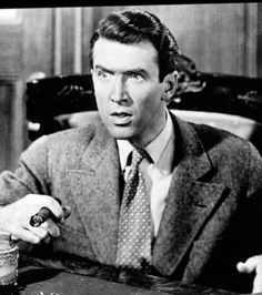 James Stewart as George Bailey in It's A Wonderful Life A Christmas Story, Christmas Movies, The Donna Reed Show, Tv Moms, From Here To Eternity, Great Films, Its A Wonderful Life, Movie Characters, Short Film