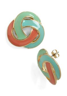 Inspired by the color combination and heavy outline! Love Me, Love Me Knot Earrings, #modcloth #mckernan