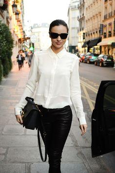 Street style - Miranda Kerr - Miu Miu bag