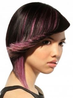 Black hair with pink/purple highlights... this is cute!
