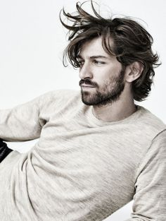 "Michiel Huisman: Plays Daario Naharis on ""Game of Thrones,"" but caught my eye as the charismatic philanthropist Ellis in Age of Adaline. Pretty Men, Gorgeous Men, Michael Huisman, Pretty People, Beautiful People, Beautiful Pictures, Dutch Actors, Age Of Adaline, Moustaches"