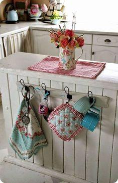 Gorgeous farmhouse kitchen inspiration (6)