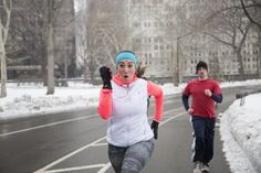 13 Thoughts Every Runner Has On Winter Runs - Women's Running