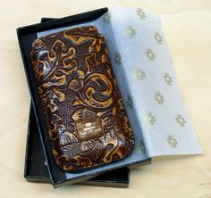 iPhone 6 case leather by WeinmannAccessories on Etsy https://www.etsy.com/listing/124281219/iphone-6-case-leather