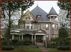 Spencer Silver B in Havre de Grace, MD -- the stone cottage is like a second home and the Inn Keeper, Carol Nemeth is wonderful. Walking distance to shops, restaurants and a great little wine bar.