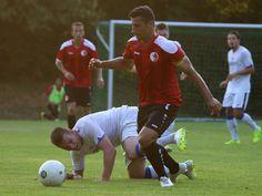 Kapitän #Karim #Benyamina gewinnt das Duell um den Ball. | Berliner AK 3:2 SV Altlüdersdorf