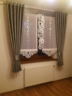 Curtains Living, Hanging Curtains, Curtains With Blinds, Diy Home Interior, Diy Home Decor, Beautiful Blinds, Ring Pillows, Crochet Curtains, Decorative Panels