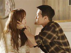 come and kiss me Korean Couple, Best Couple, Kdrama, Korean Drama Movies, My Heart Hurts, Drama Korea, Romantic Moments, Hug Me, Cute Kids
