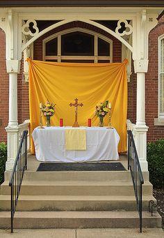 Corpus Christi Procession At Sacred Heart Roman Catholic Church In Florissant Missouri Usa Processional Altar
