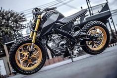 For those not in the know, Yamaha's 'M-Slaz' is a naked version of its popular single cylinder sports bike first launched in Asia and India in Tracker Motorcycle, Scrambler Motorcycle, Moto Bike, Girl Motorcycle, Motorcycle Quotes, Motorcross Bike, Yzf R125, 125cc, Cafe Racing