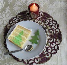 Christmas Tree Inside a Cake Tutorial - by aldoska @ CakesDecor.com - cake decorating website
